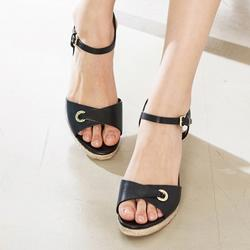 ARLETTE WEDGE II