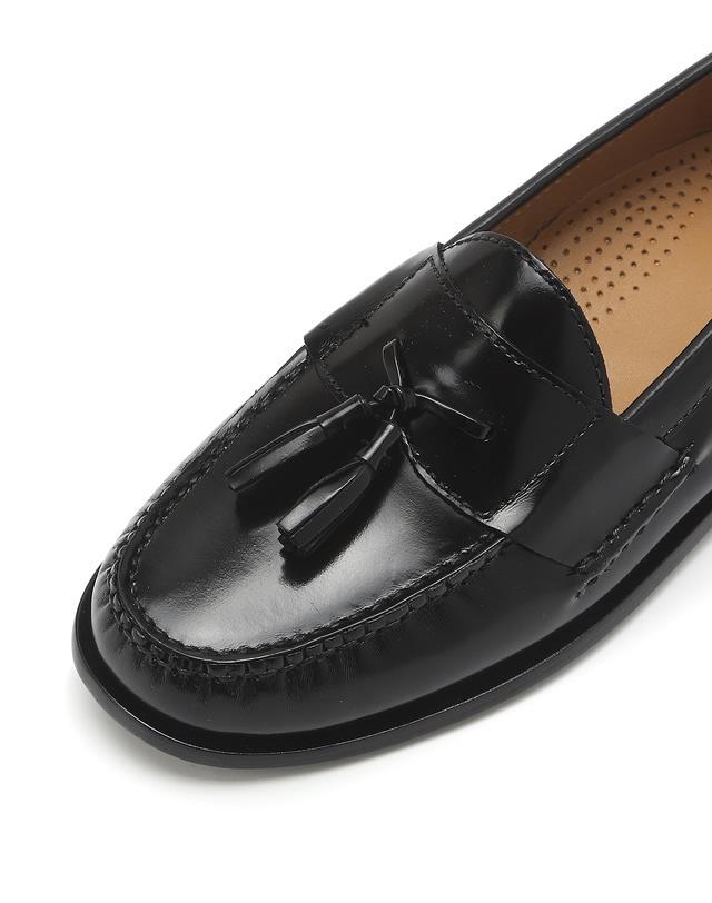 Pinch Tassel Loafer