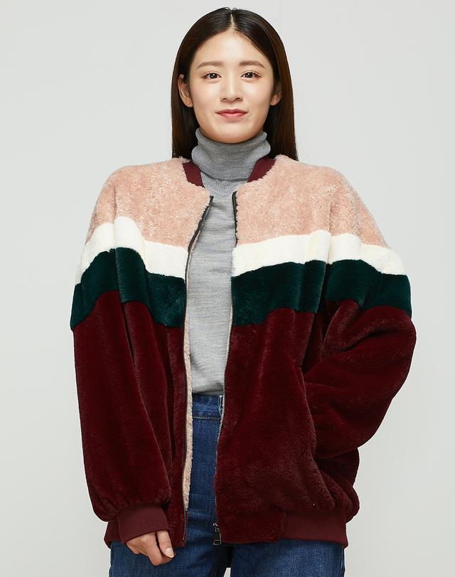 [FUN FUR] 와인 폴리에스터 컬러 블록 털 자켓