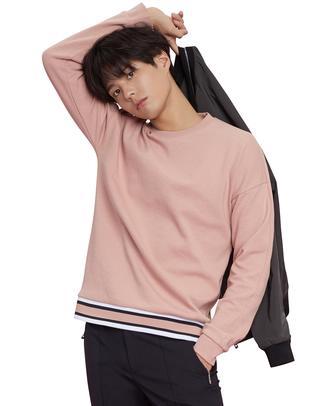 핑크 컬러배색 면혼방 맨투맨티셔츠